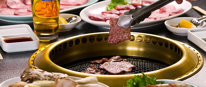 人氣餐廳之一的韓式烤肉「李朝苑」